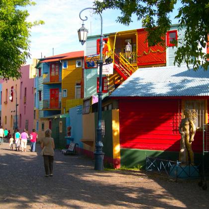 Lo storico quartiere de La Boca a Buenos Aires